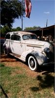1935 Pontiac Silver Streak