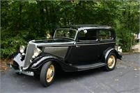1934 Ford Deluxe Tudor