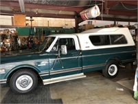 1972 Chevy Cheyenne & 1970 Ford Pickup Camper Special
